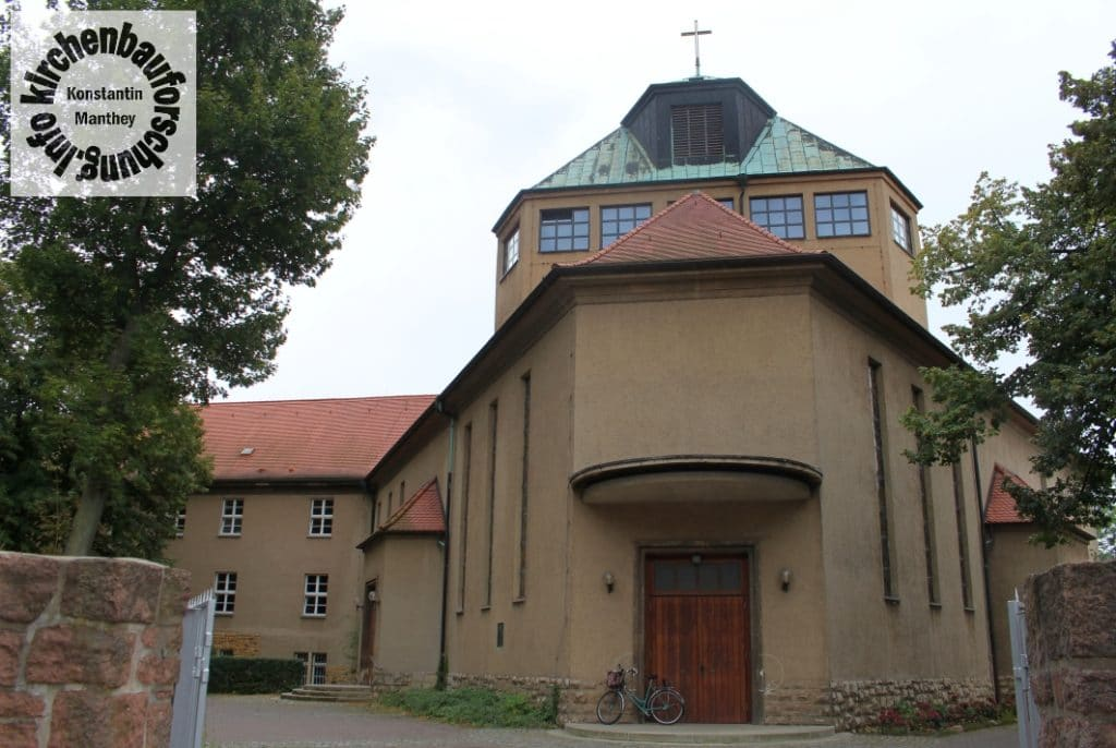 Zur Heiligsten Dreieinigkeit, Halle, Aussen