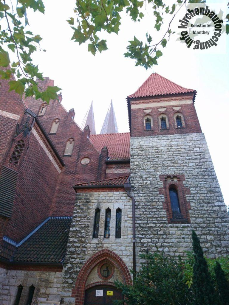 Glaubenskirche, Berlin-Lichtenberg, Morgenlicht, Kopten, St. Antonius und St. Shenouda